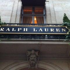 Photo taken at Ralph Lauren by Tomás D. on 10/29/2012