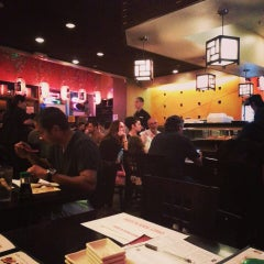 Photo taken at Crazy Rock'N Sushi by Joëlle V. on 7/4/2013