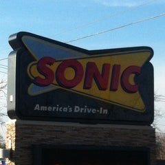 Photo taken at Sonic Drive-In by Mario B. on 11/21/2012