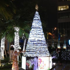 Photo taken at Novotel Bangkok Ploenchit Sukhumvit by takakoji on 12/20/2012