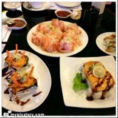 Photo taken at Poke Sushi by wahab z. on 2/26/2013