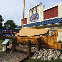 Photo taken at Darrow's Family Restaurant by Ben J. on 8/10/2014