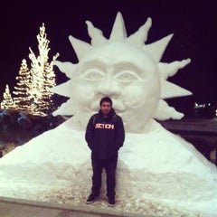 Photo taken at Sun Valley Lodge by Felipe G. on 2/20/2013