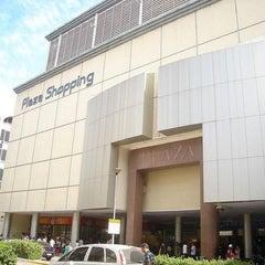 Photo taken at Plaza Shopping by Rodolfo G. on 3/19/2013