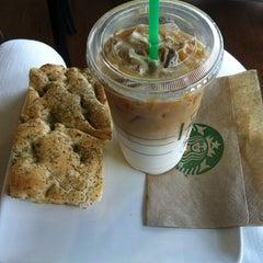 Photo taken at Starbucks by Jan P. on 10/23/2012