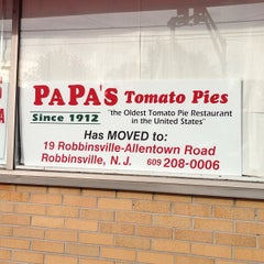 Photo taken at Papa's Tomato Pies by Paulie G. on 8/19/2013