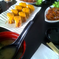 Photo taken at sushi-ya by Dita A. on 10/19/2012
