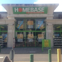 Photo taken at Homebase by LifeAndStyleUK on 5/12/2014