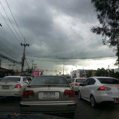 Photo taken at หลักกิโลเมตรที่ 0 จังหวัดขอนแก่น (Zero Kilometer of Khon Kaen) by au+ k. on 9/10/2013