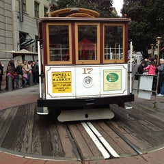Photo taken at Powell Street Cable Car Turnaround by Jin-ichiro O. on 3/30/2013