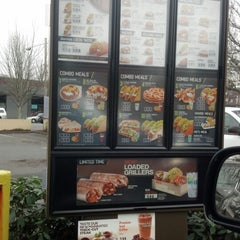 Photo taken at Taco Bell by Jeff M. on 12/28/2012