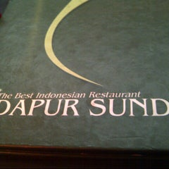 Photo taken at Dapur Sunda by Norman T. on 4/19/2013