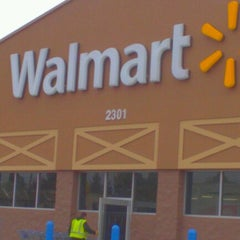 Photo taken at Walmart by Ray L. on 11/23/2012