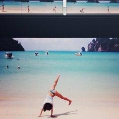 Photo taken at อ่าวไร่เลย์ ตะวันตก (Railay Beach West) by Jamie K. on 10/31/2012