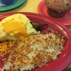 Photo taken at Polly's Pies - Norco by Keika K. on 11/28/2015