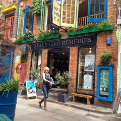 Photo taken at Neal's Yard Salad Bar by Risako on 6/29/2013