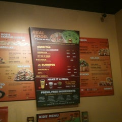 Photo taken at Moe's Southwest Grill by Travis on 11/26/2012