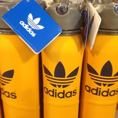 Photo taken at Adidas Factory Outlet by 鄭 鎭赫 on 2/23/2014
