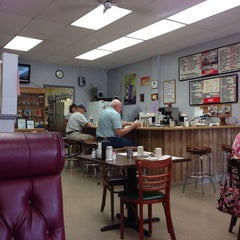 Photo taken at Shelby's Family Restaurant by Lisa A. on 6/26/2014