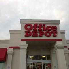 Photo taken at Office Depot by Scott B. on 12/18/2012