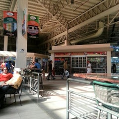 Photo taken at Centro Comercial Buenaventura by Franklin M. on 10/28/2012