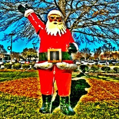 Photo taken at Friendly Shopping Center by Greensboro, NC on 11/26/2012