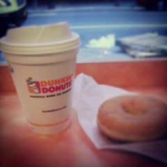 Photo taken at Dunkin Donuts by Kaito O. on 6/20/2013