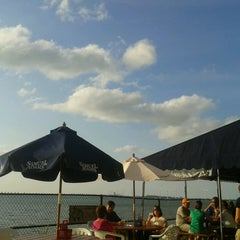 Photo taken at Hoak's Lakeshore Restaurant by George A. on 7/21/2013