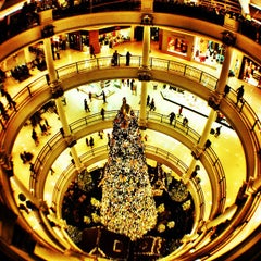 Photo taken at Shopping Pátio Higienópolis by Pedro P. on 11/24/2012