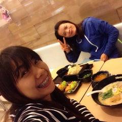 Photo taken at Oishi Ramen (โออิชิ ราเมน) by Junt L. on 1/7/2015