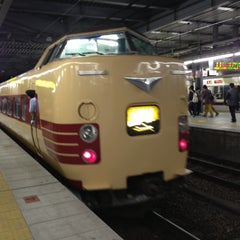 Photo taken at JR 宝塚駅 (Takarazuka Sta.) by fuyu ガ. on 10/19/2012