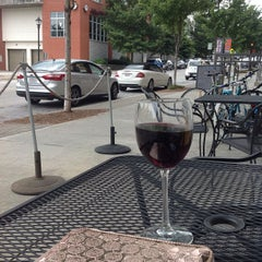 Photo taken at Inman Perk Coffee by DelVinson on 8/6/2013