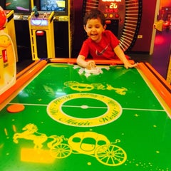 Photo taken at Peter Piper Pizza by Espe V. on 4/4/2015