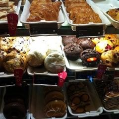 Photo taken at Starbucks by Fragiskos M. on 12/29/2012