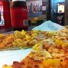 Photo taken at Yellow Cab Pizza Co. by Kevin J. on 10/25/2013
