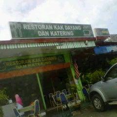 Photo taken at Restoran Kak Dayang Dan Katering by Noraini on 1/2/2013
