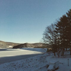 Photo taken at Quabbin Reservoir Visitor Center by Derek A. on 1/25/2015
