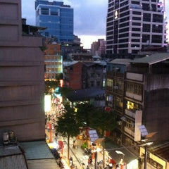 Photo taken at 東龍大飯店 East Dragon Hotel by Xavier V. on 10/6/2012