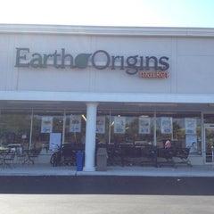 Photo taken at Earth Origins Market by Nancy S. on 5/8/2014