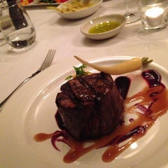 Photo taken at Bluestone Restaurant & Bar by Alex W. on 5/25/2013