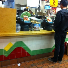 Photo taken at Del Taco by Theron X. on 9/26/2012