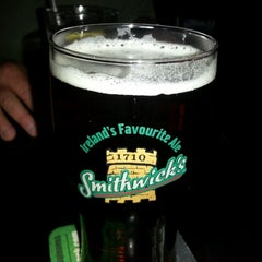 Photo taken at Kilkennys Irish Pub by Heidi L. on 4/1/2013