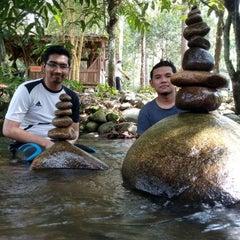 Photo taken at Sg. Congkak Waterfall by Safuan K. on 8/16/2015