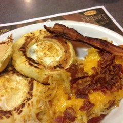 Photo taken at Denny's by Stephen A. on 12/3/2013