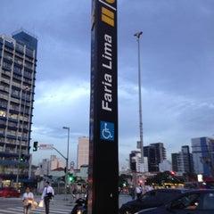 Photo taken at Estação Faria Lima (Metrô) by Justo D. on 12/21/2012