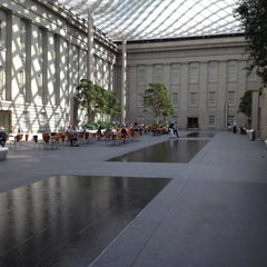 Photo taken at National Portrait Gallery by Rahul R. on 9/30/2012