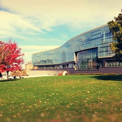 Photo taken at S.I. Newhouse School of Public Communications by Eunice K. on 10/18/2012