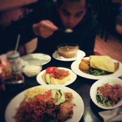 Photo taken at Warung Mini by Chaveli on 10/18/2012