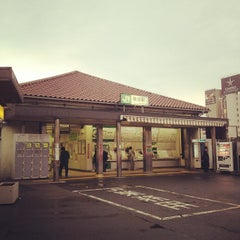 Photo taken at 鶯谷駅 (Uguisudani Sta.) by makio M. on 10/14/2012