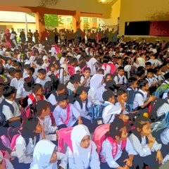 Photo taken at Sekolah Kebangsaan Taman Desaminium Seri Kembangan Selangor by Masrul N. on 1/3/2013